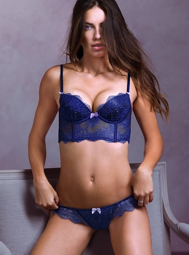 Adriana Lima wallpaper containing a brassiere titled Adriana Lima