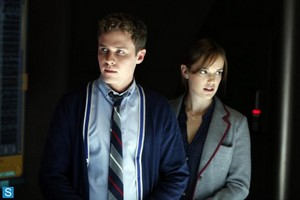 Agents of S.H.I.E.L.D - Episode 1.01 - Pilot - Promo & Bangtan Boys Pics