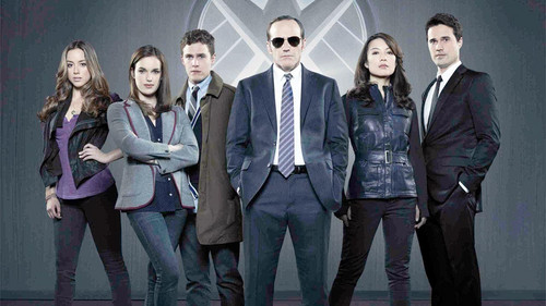 Agents of S.H.I.E.L.D. wallpaper containing a business suit and a well dressed person called Agents of S.H.I.E.L.D