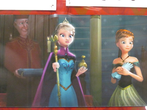 frozen fondo de pantalla probably with a sign called Anna and Elsa close up