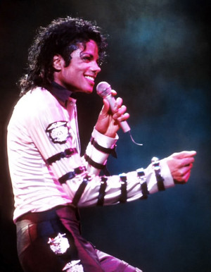 Bad Tour pic