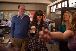 """Behind the Scenes Photos from NEW GIRL: """"Nerd"""""""
