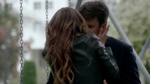 Caskett 6x01 Screencaps