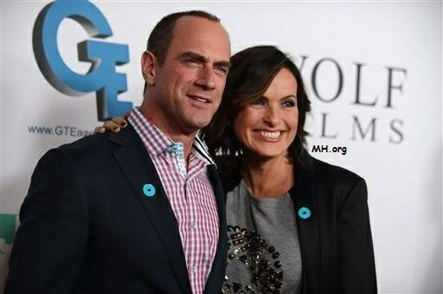 Elliot and Olivia wallpaper with a business suit, a suit, and a well dressed person entitled Chris & Mariska - Joy Rocks No More 2013
