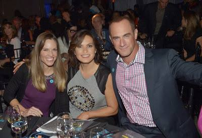 Elliot and Olivia wallpaper with a brasserie, a dinner table, and a bistro titled Chris & Mariska - Joy Rocks No More 2013