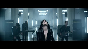 Demi Lovato - ハート, 心 Attack {Music Video}