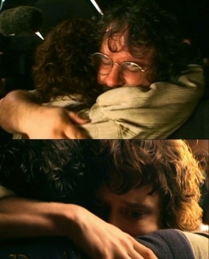 Elijah Wood & Peter Jackson the 일 filming wrapped on The Lord of the Rings.