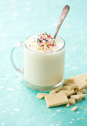 Hot White tsokolate