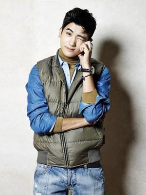 Hyungsik for drama 'Heirs'