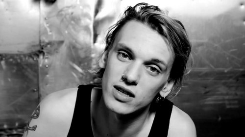 "Jamie Campbell Bower Hintergrund called Jamie Campbell Bower | Hunger TV ""I Dare You"""