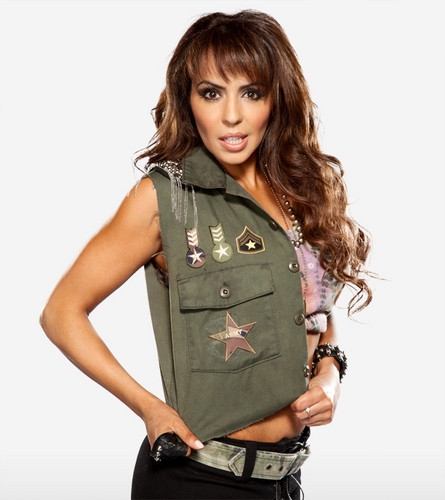 WWE LAYLA wallpaper with a green beret, fatigues, and battle dress titled Layla