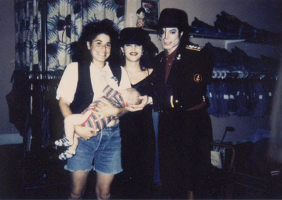 Michael And Lisa Marie With A fan