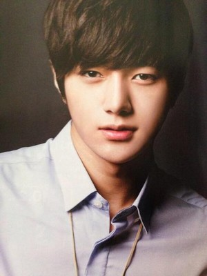 Myungsoo – Hanryu Pia Magazine October Edition