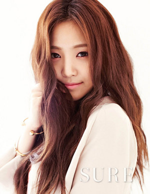 Naeun - Sure Magazine October Issue '13