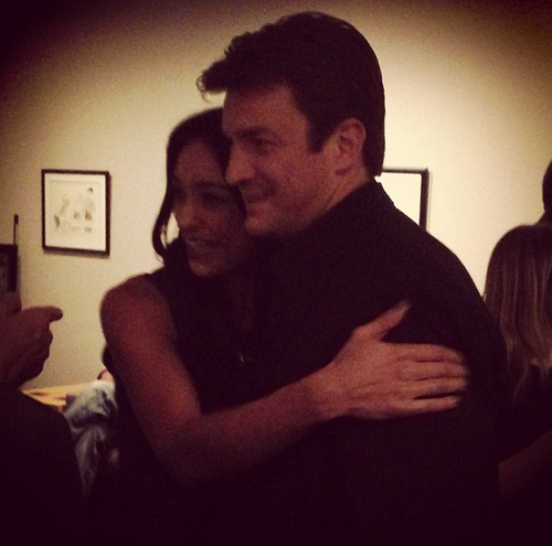 Nathan and some fan at Paleyfest,2013 - nathan-fillion-and-stana-katic