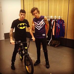 One Direction in Australia. (2013)♚