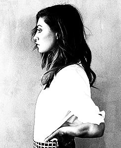 Phoebe Tonkin - تصویر Session 2013