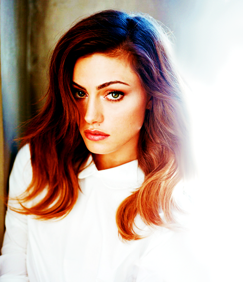 Phoebe tonkin 2013
