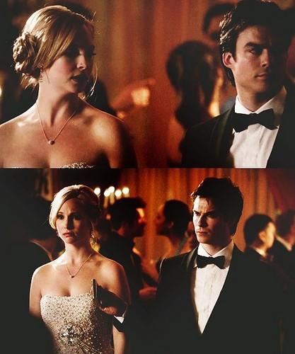 Damon & Caroline Hintergrund called Prom