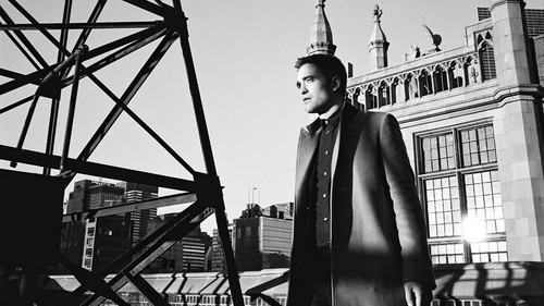 Robert Pattinson wallpaper with a business suit and a fire tower titled Robert<3