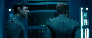 별, 스타 Trek: Into Darkness (2013)