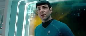 bituin Trek: Into Darkness (2013)