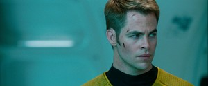 bintang Trek: Into Darkness (2013)