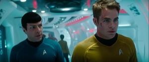 별, 스타 Trek: Into Darkness (2013)
