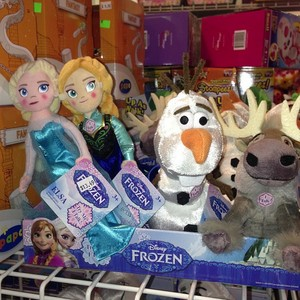 Talking Anna, Elsa, Olaf and Sven plush