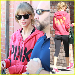 Taylor rapide, swift Matches Sweater And Sneakers For Dance Class!