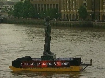 The History Statue