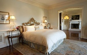 The Master Bedroom At Michael's Final Place Of Residence On Carolwood Drive