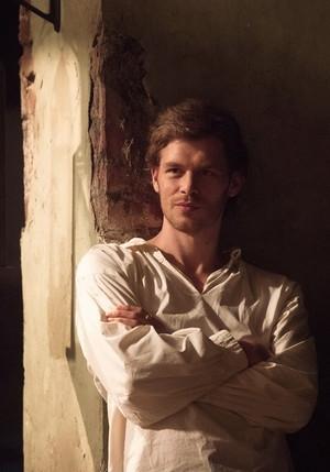 The Originals 1x02 | Klaus in 1800s