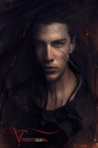 The Vampire Diaries wallpaper titled Tyler Lockwood: The Vampire Diaries Season 5 Promo foto
