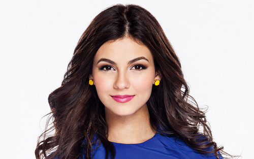 Victoria Justice wallpaper with a portrait titled Victoria Justice