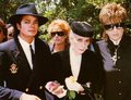 Vincent Minnelli's Funeral Back In 1986 - michael-jackson photo