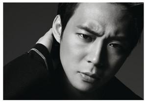 """Yoo Chun for """"High Cut"""""""