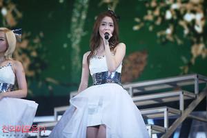 Yoona концерт