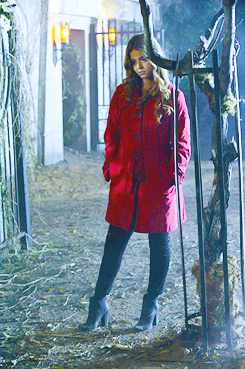 alison is the red cappotto in 4x13