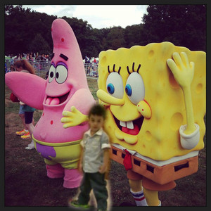 enzo with spongebob