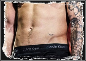 justin bieber,navel of the world, 2013