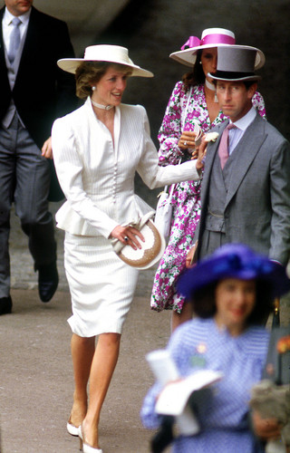 Princess Diana wallpaper with a fedora and a boater entitled princess of wales