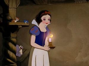 snow white's rosey look
