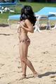 vanessa hudgens bikini falls off