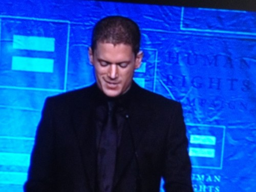 Wentworth Miller Hintergrund with a business suit and a konzert called wentworth miller in seattle