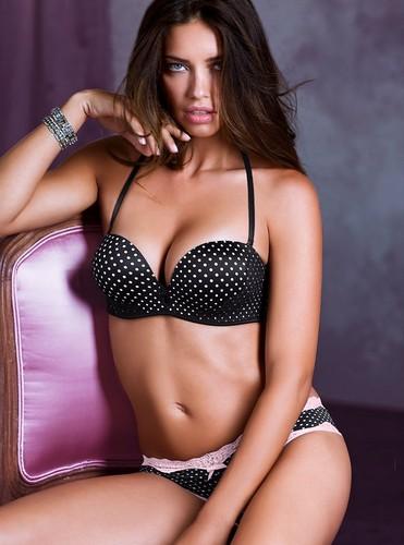 adriana lima fondo de pantalla possibly containing a bikini, a brassiere, and attractiveness entitled Adriana Lima