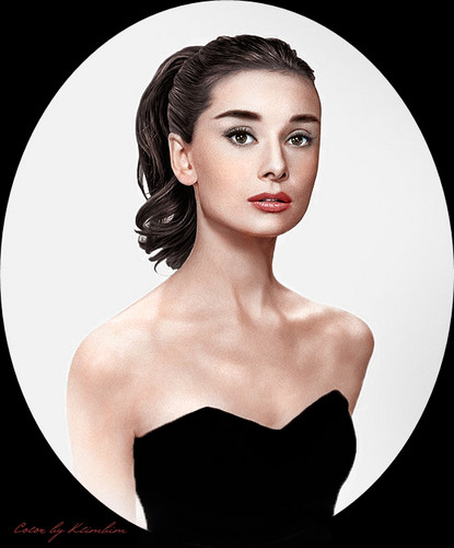 Audrey Hepburn wallpaper probably containing attractiveness and a portrait called Audrey Hepburn