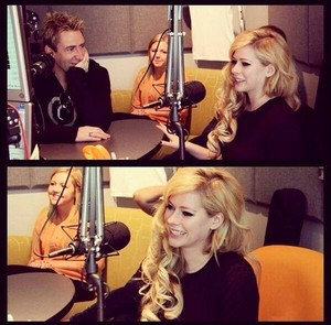 Avril & Chad - 104.3 MYfm - Let Me Go World Premier