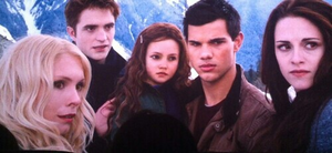 Bella, Jake, Renesmee & Edward
