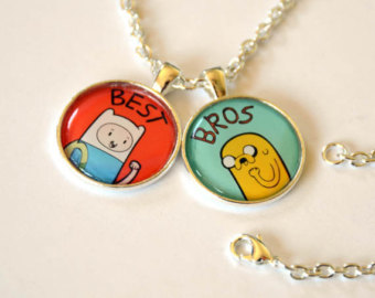 Adventure Time With Finn and Jake wolpeyper titled Best Bros Charm kuwintas
